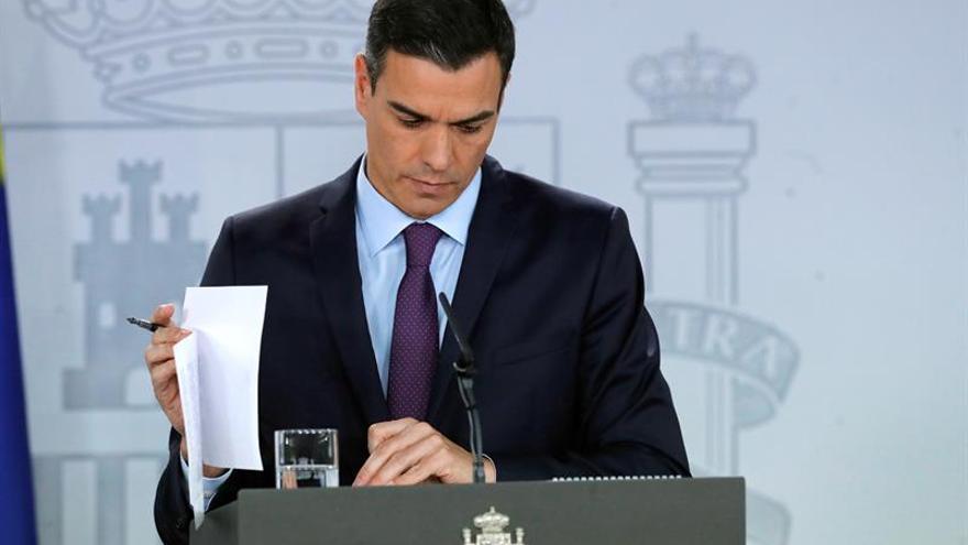 """Sánchez no ve problema en """"unos meses más"""" para exhumar a Franco tras 40 años"""