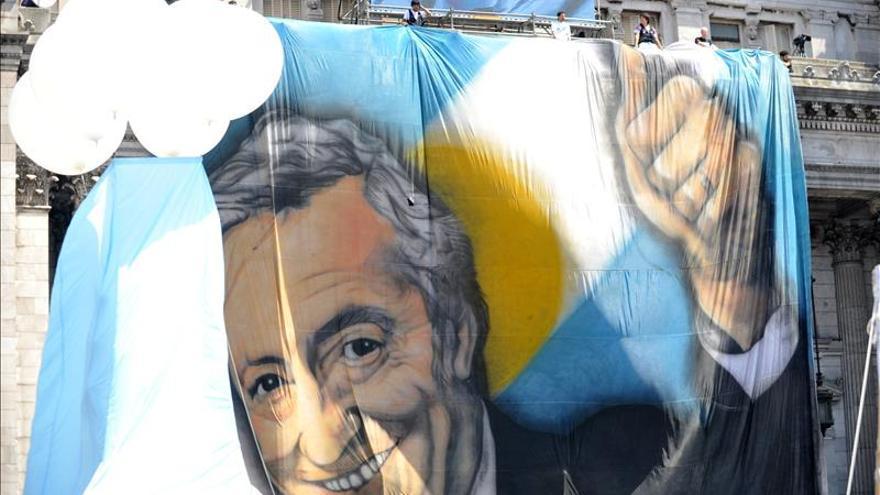 Un foto, un mural y actos en memoria de Néstor Kirchner a 4 años de su muerte