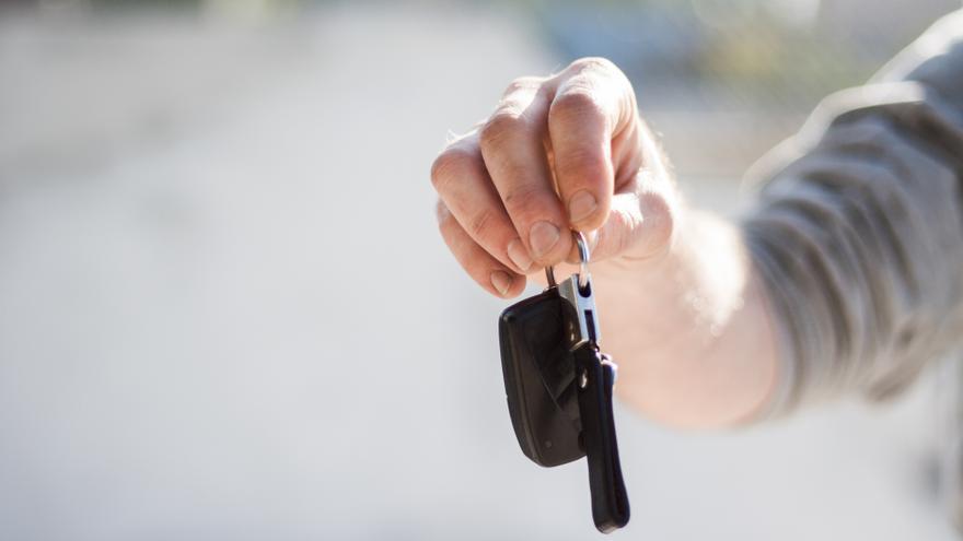 10 precauciones para alquilar un coche de forma segura.