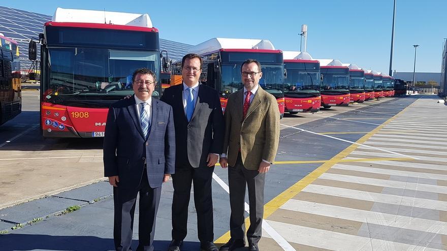 Tussam suma 15 autobuses respetuosos con el medio ambiente y adaptados a personas con diversidad funcional