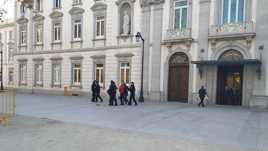 Detención de varios activistas de Arran cerca del Tribunal Supremo