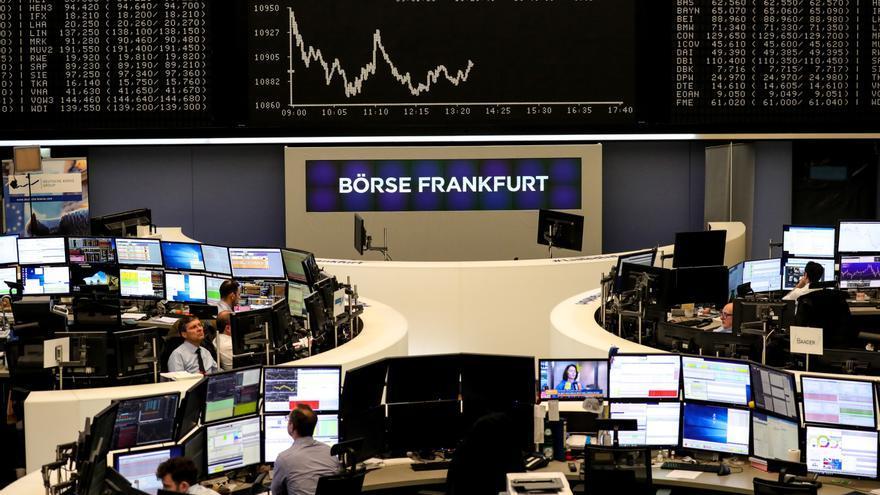 Las bolsas europeas bajan por las tensiones entre China y EE.UU.