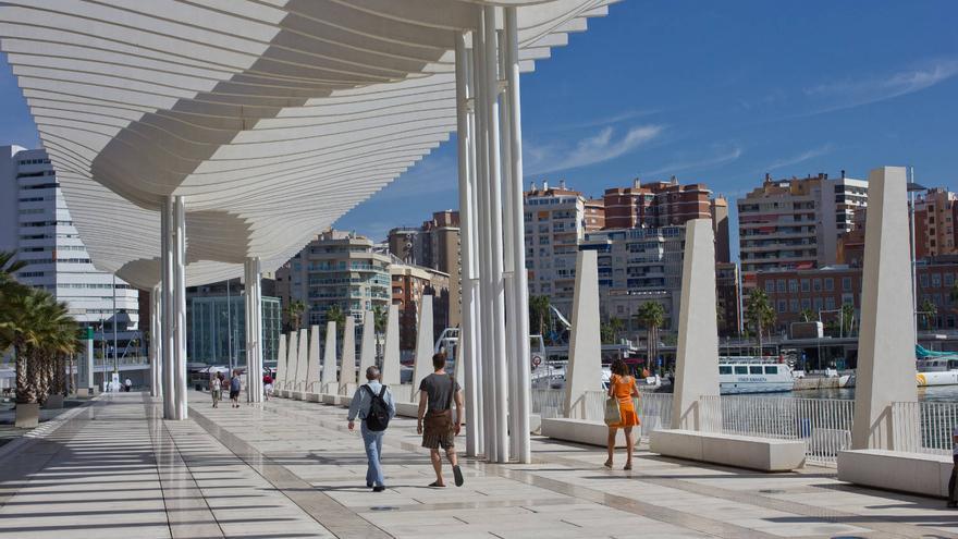 El Paseo del Muelle Dos se ha convertido en un parque más de Málaga.