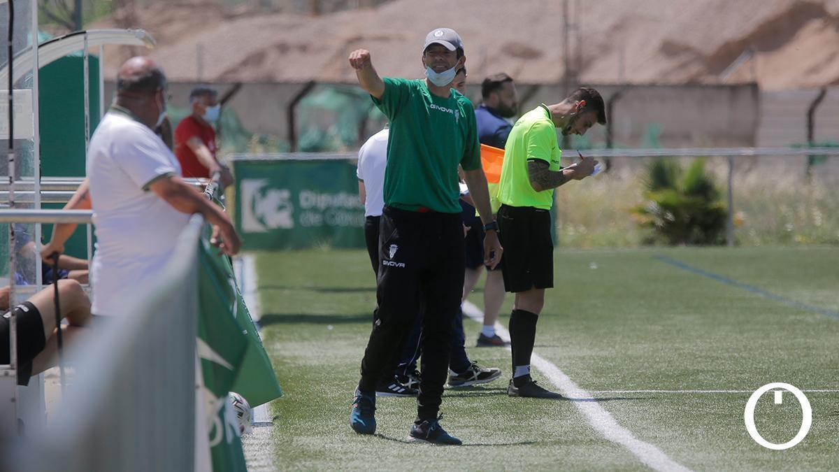 Roberto Ramírez, durante el duelo con el Aldaia