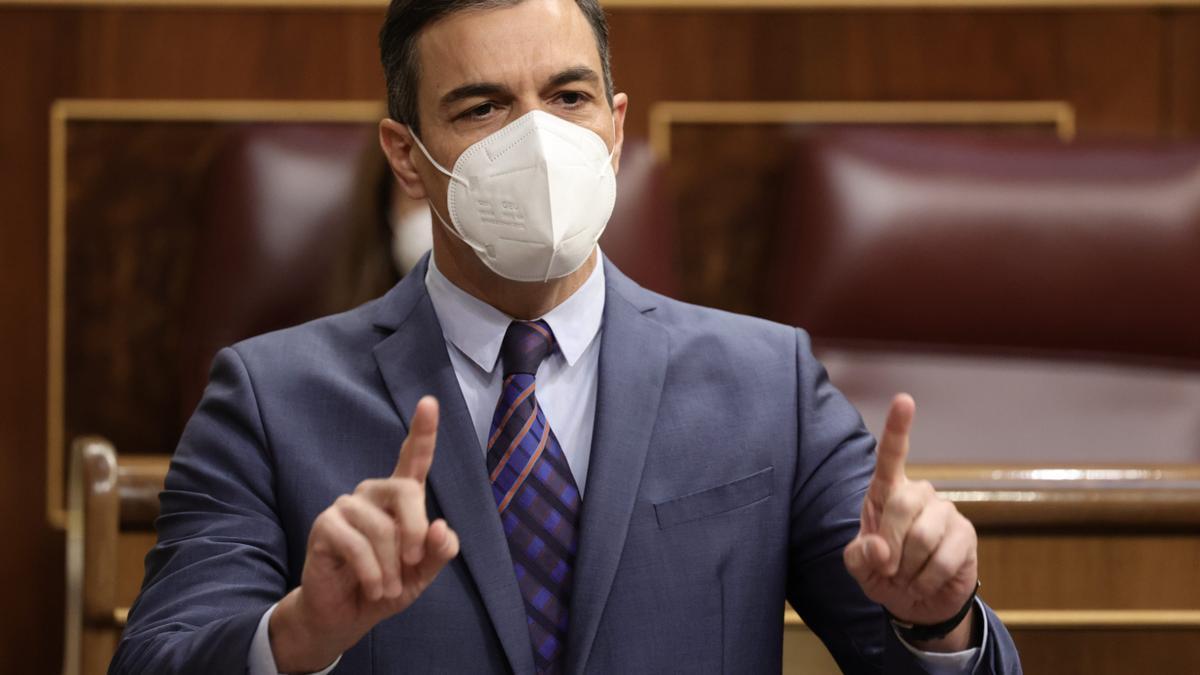 El presidente del Gobierno, Pedro Sánchez, interviene en una sesión de control, a 16 de junio de 2021, en el Congreso de los Diputados