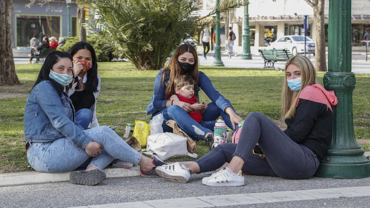 El Día de la Primavera y del Estudiante se celebra este martes