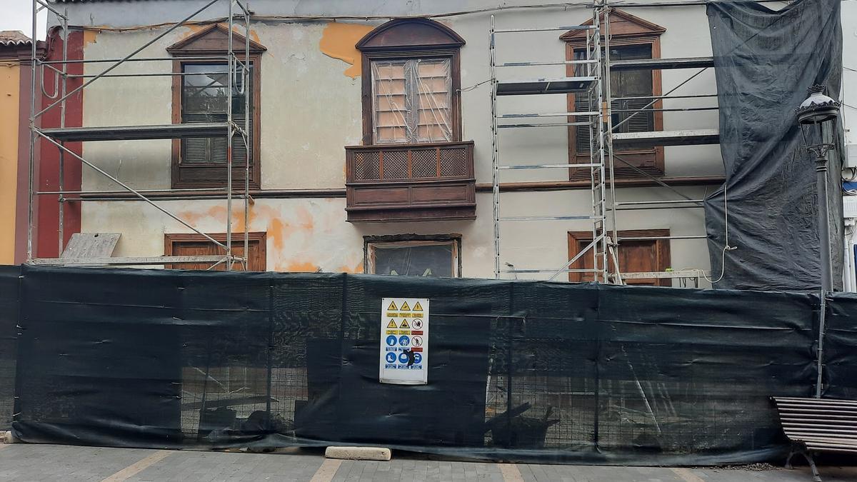 Obras en una vivienda de la calle Real de Los Llanos de Aridane.