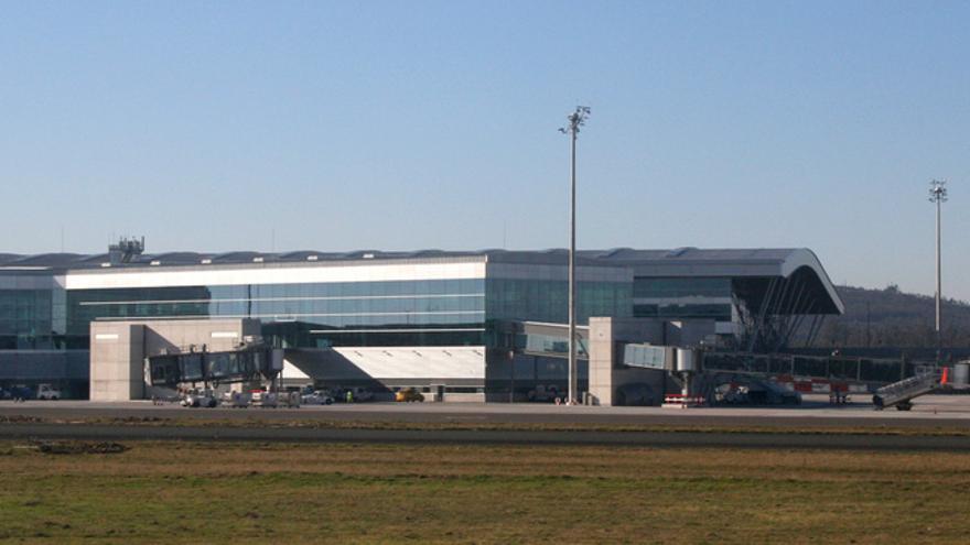Aeropuerto de Santiago - Lavacolla / Javier Ortega Figueiral