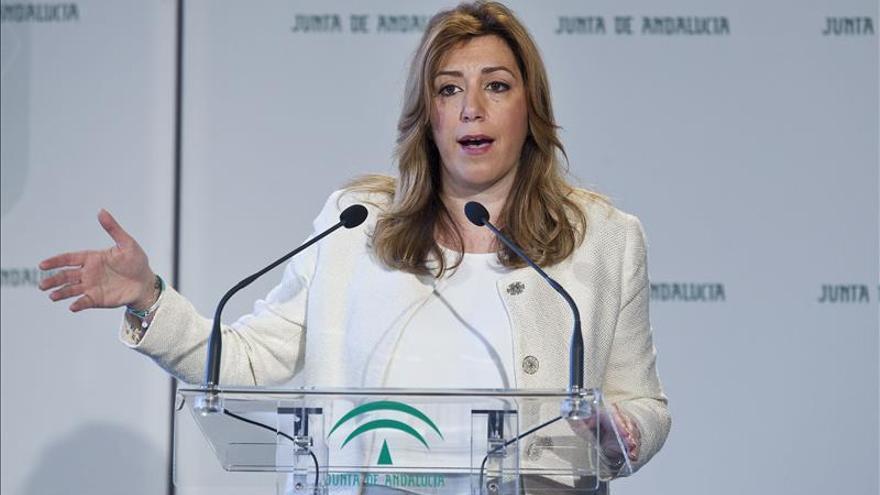 """Díaz dice que """"Arenas sigue siendo el que tutela el PP en Andalucía"""""""