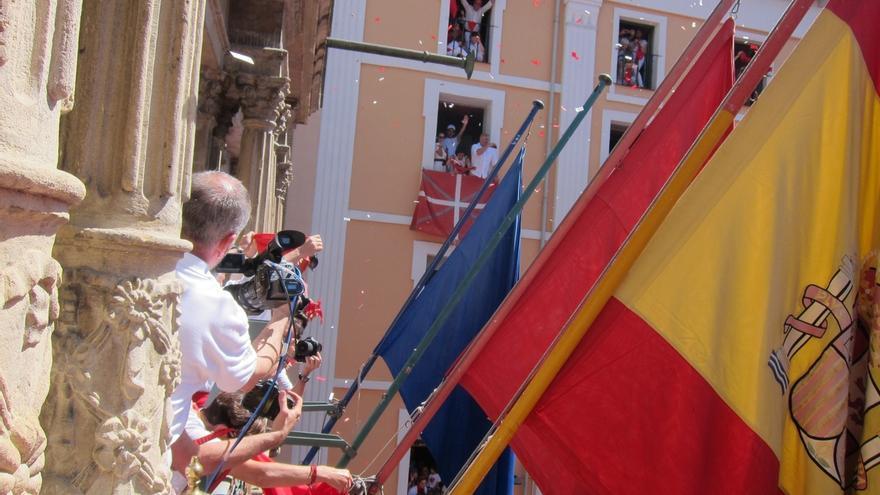 Alcalde Pamplona dice que no están representadas todas las sensibilidades por la prohibición a la ikurriña