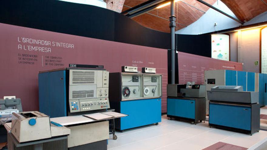 El IBM S/360 que preserva el Museu de la Ciència i de la Tècnica de Catalunya