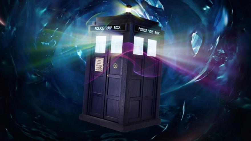 ¿Quién será el próximo en salir de la TARDIS?