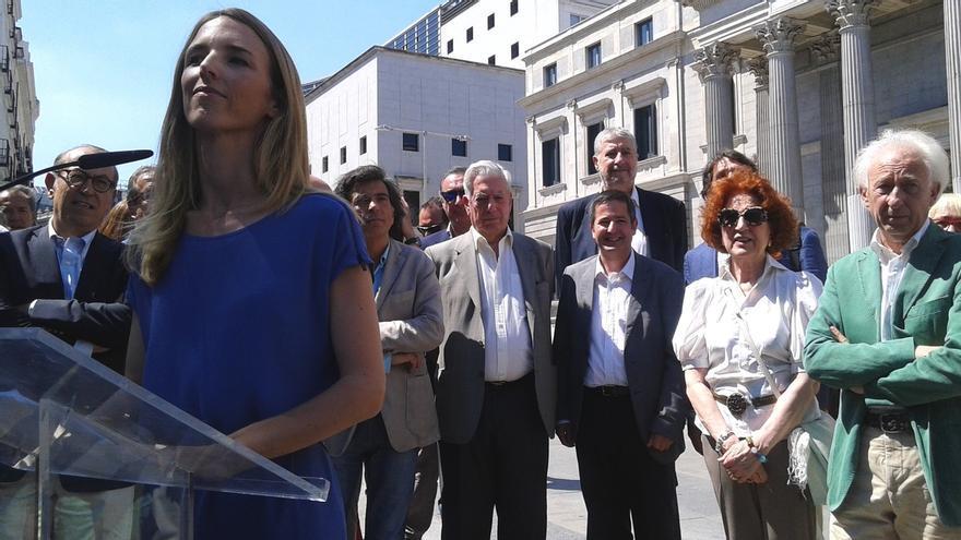 El Gobierno ampara que la Embajada en Washington acogiera el acto de una plataforma contra la independencia catalana