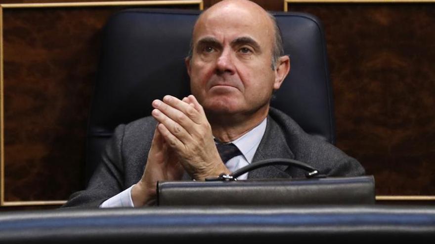 De Guindos informa el lunes en el Congreso de la venta del Popular