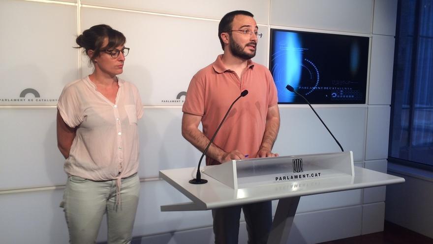 """La CUP cree que el Govern rechazó """"en caliente"""" su referéndum unilateral y pide reflexionar"""