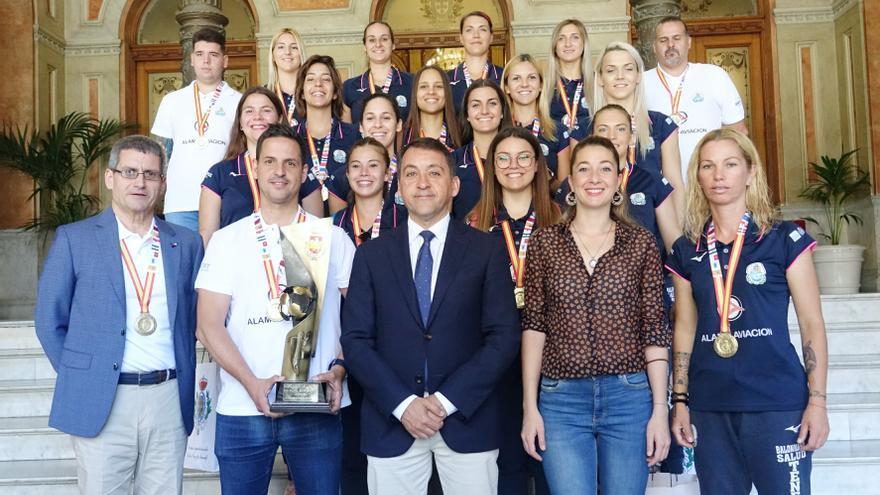 El Salud devuelve a la isla de Tenerife a la máxima categoría del balonmano femenino español