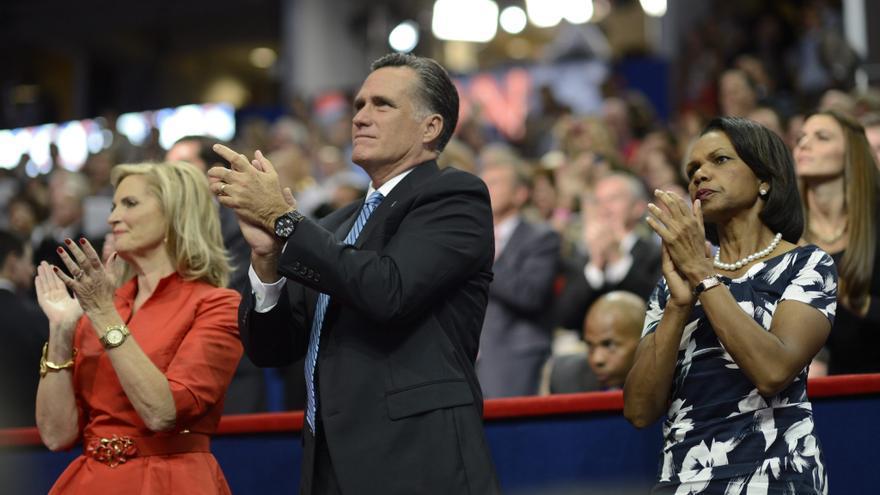 Despiden a un directivo de Yahoo! por mofarse de Romney y de su esposa