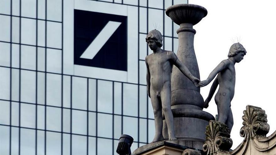 Deutsche Bank y Commerzbank anunciarán negociaciones de fusión, según un medio