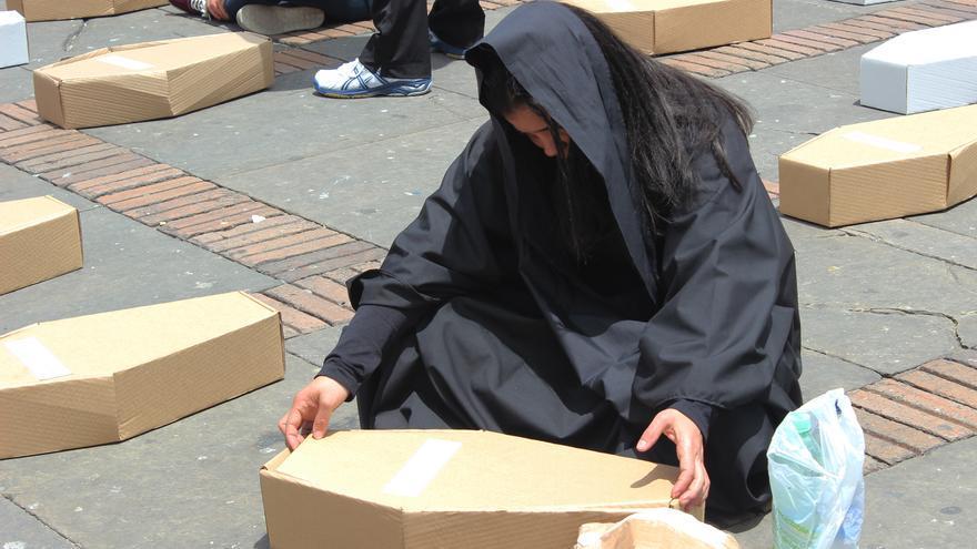 El ritual de las mantas negras.