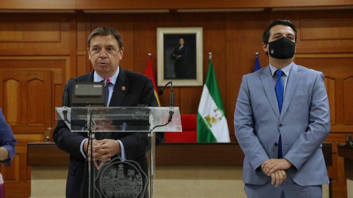 Luis Planas y José María Bellido.