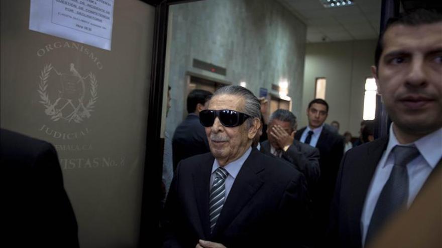 Corte allana el camino para el juicio contra el exdictador Ríos Montt por genocidio