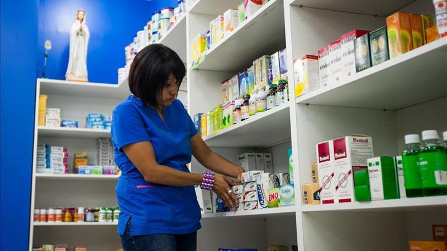 La federación farmacéutica responsabiliza al Gobierno de la falta de medicinas
