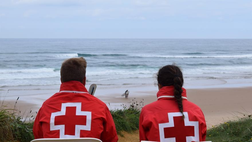 Socorristas de Cruz Roja en Piélagos.