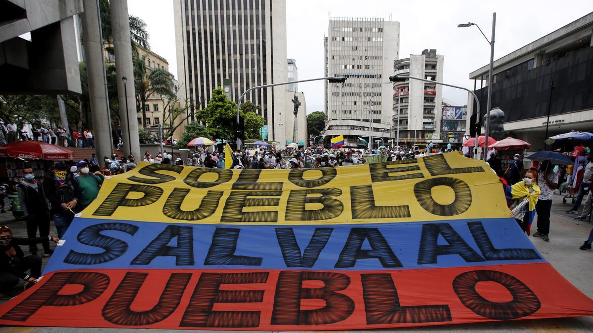 Manifestantes se congregan en una nueva jornada de protestas contra el Gobierno del presidente Iván Duque, el 9 de junio de2021, en Medellín (Colombia).