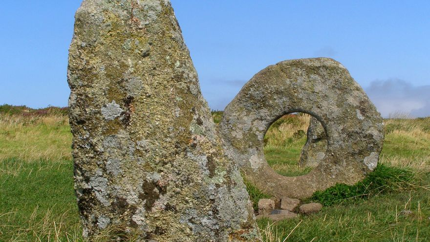 Piedras milenarias en Men-An-Tol, uno de los muchos monumentos megalíticos de Cornualles. Jim Champion