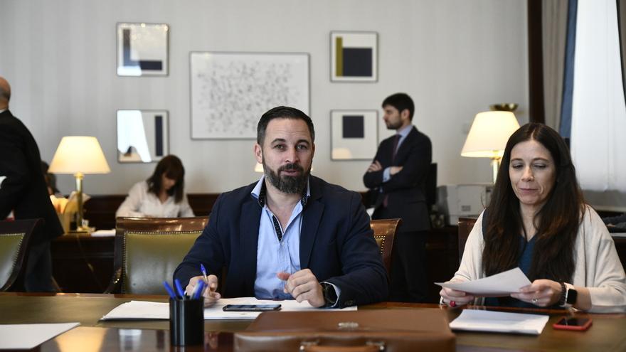 Santiago Abascal (Vox) acude al Congreso a realizar los trámites para acreditarse como diputado