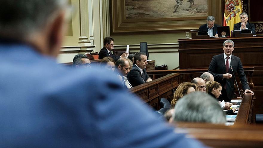 Fernando Clavijo, en el Parlamento de Canarias