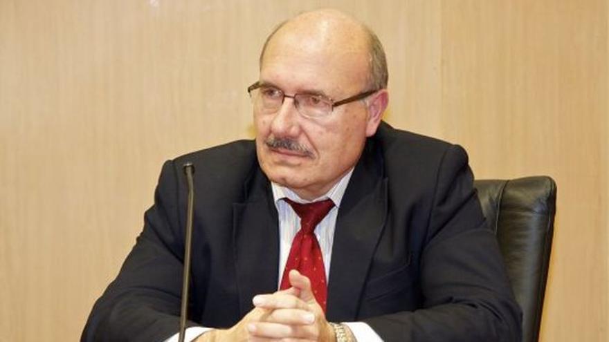 Rafael Rebolo, codirector de la tesis del autor del hallazgo, Alejandro Suárez Mascareño