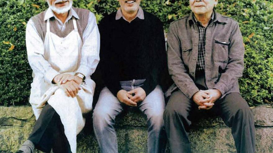 Izq. a dcha: Hayao Miyazaki, Toshio Suzuki (productor del estudio) e Isao Takahata