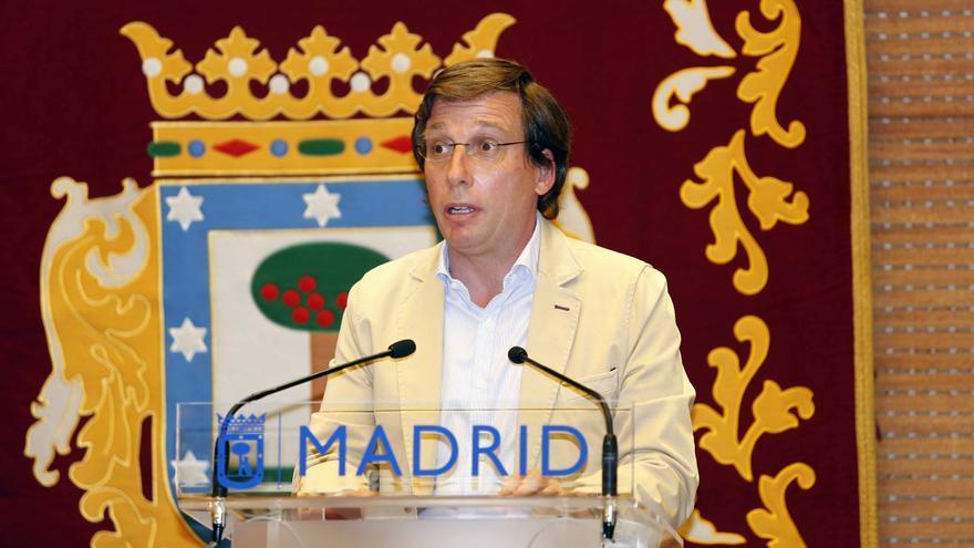 El alcalde del Ayuntamiento de Madrid, José Luis Martínez-Almeida, durante el evento 'Vuelta a la normalidad' de la UNESCO celebrado en el Palacio de Cibeles, en Madrid (España), a 27 de julio de 2020.