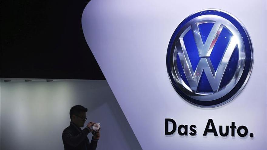 Volkswagen mantiene fuertes pérdidas en la bolsa y cae un 7 por ciento