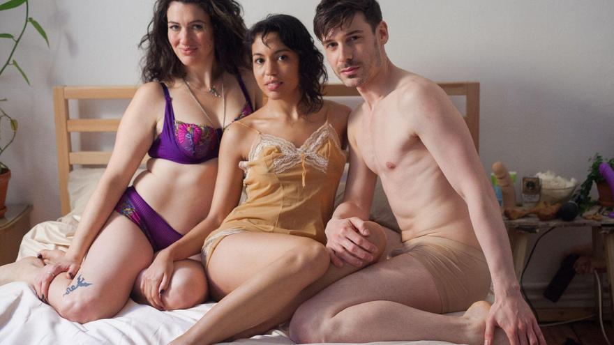 Lina Bembe (centro) junto a Nadie Lune y Parker Marx