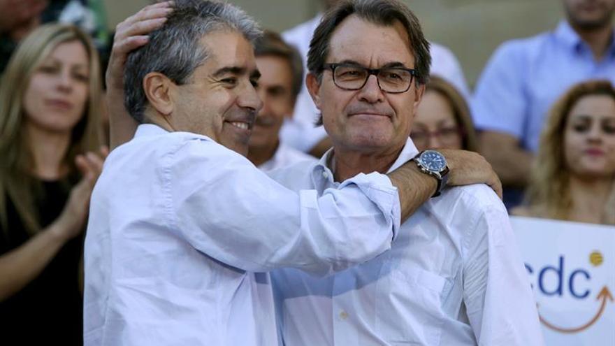 """Homs dice que irán """"hasta el final"""" contra """"camarilla de Mortadelo y Filemón"""""""