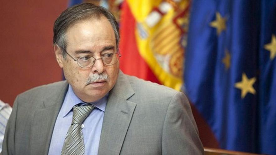 Domingo Berriel, consejero de Obras Públicas, Transportes y Política Territorial del Gobierno de Canarias. EFE