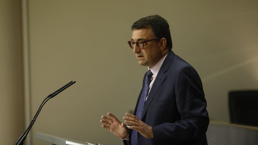 """PNV y Gobierno de PP mantienen contactos """"al más alto nivel"""" para apurar la posibilidad de acuerdo sobre los PGE"""