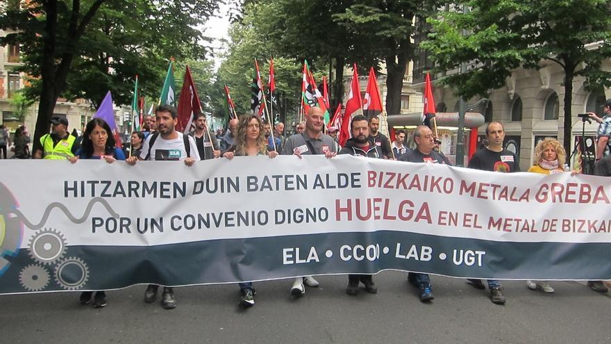 """Los sindicatos del Metal de Bizkaia denuncian que la FVEM """"se niega a fijar fecha"""" para negociar el convenio"""