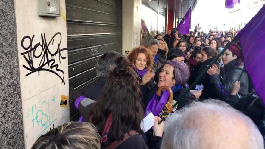 Momento de tensión en el centro de Vitoria
