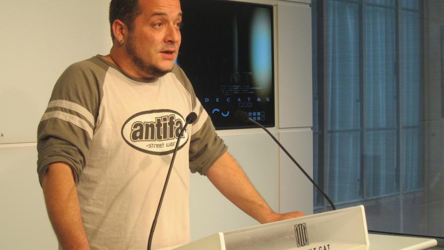 """Fernández (CUP) se reafirma en su discurso ante el """"gánster"""" Rato en el Parlamento catalán"""