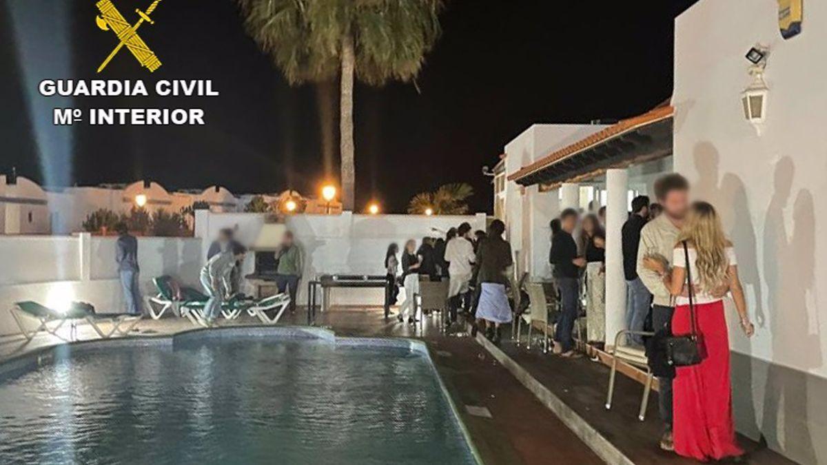 Fiesta celebrada en una vivienda vacacional en Fuerteventura en la que se desalojó a 84 personas