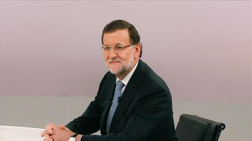 Rajoy critica la mezquindad de Sánchez y dice que no da la talla