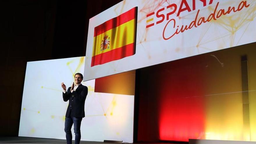 Cs crea una plataforma para que los españoles superen la crisis catalana con unidad