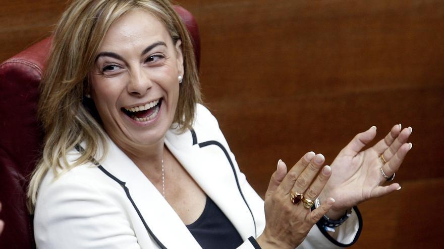 """La alcaldesa de Alicante dice que """"nunca"""" ha pensado en dimitir por el Brugal"""
