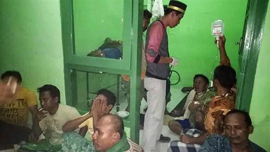 5 Muertos y 193 rescatados tras incendiarse un transbordador en Indonesia