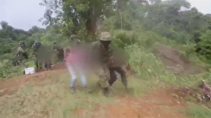 Autoridades colombianas rescatan a 38 personas amenazadas por disidentes de las FARC