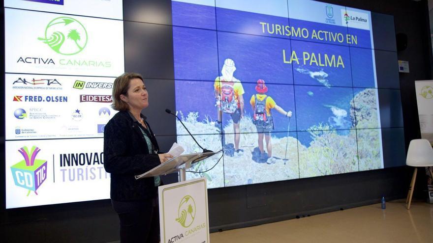 La consejera de Turismo del Cabildo de La Palma, Alicia Vanoostende, durante su intervención las II Jornadas Profesionales de Turismo Activo organizadas por Activa Canarias.