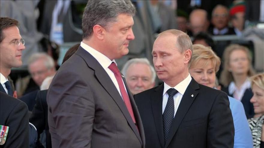 Putin y Poroshenko se reúnen hoy en Minsk
